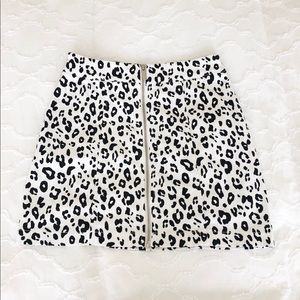Cheetah Front-Zip Skirt